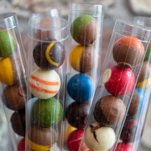 Huize-Holland chocolade bikkels doosje